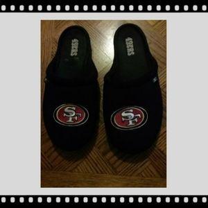 SF 49ERS SLIP-ON SLIPPERS
